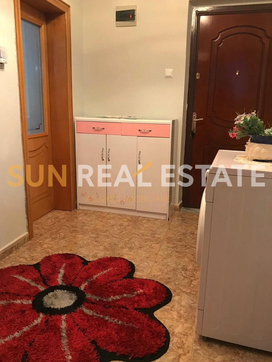Apartament 2+1 p�r shitje n� Sarreq