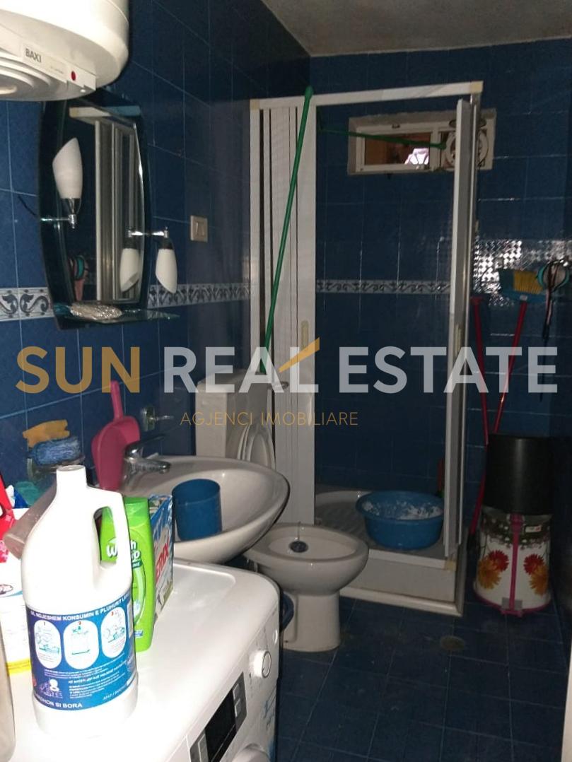 Apartament 2+1 p�r shitje n� Rus