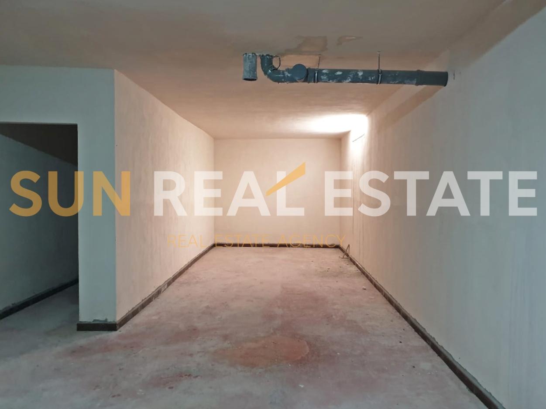 Apartament 2+1 p�r shitje te Enoteka.